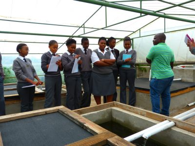 Lesson-with-students-fishKempton-ParkPics-For-LKP-LaunchCarel-De-Wet-System-(2)